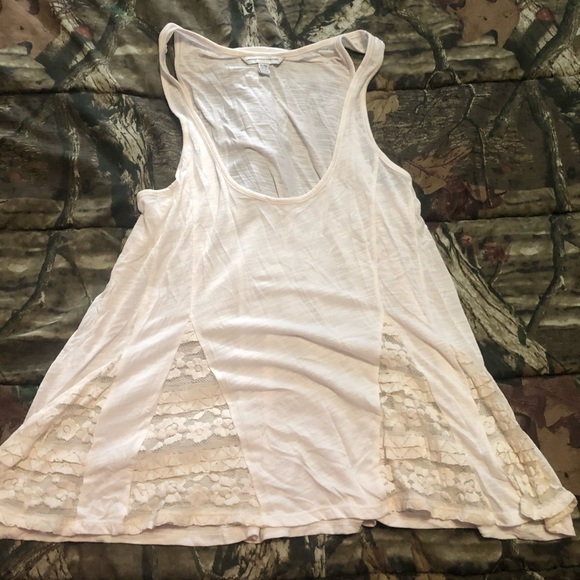 American Eagle Outfitters Tops - American eagle lace tank